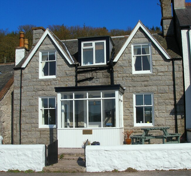 Allonby Cottage, holiday rental in Kippford