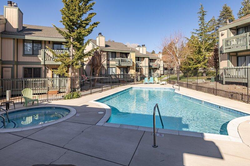 40 - Blue Jay Retreat, alquiler de vacaciones en Angelus Oaks