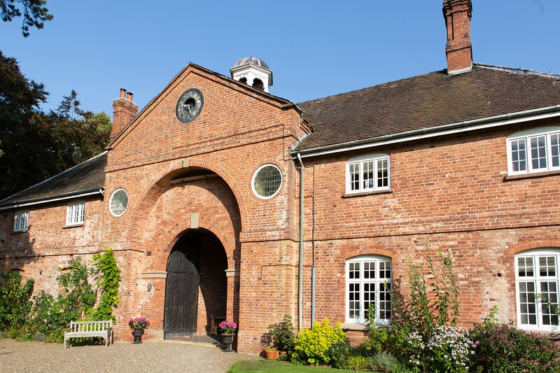 2, The Stables, Henley Hall, holiday rental in Cleedownton