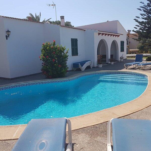 Villa Samba, holiday rental in Cala'n Forcat