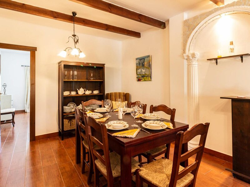 Rustic house with views in the Lecrin Valley, holiday rental in Pinos del Valle