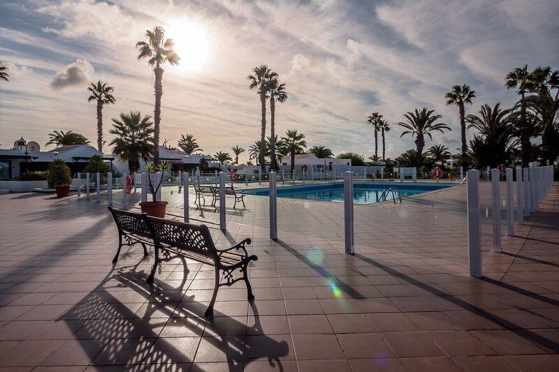 Jardin Del Sol 12 - Jardin Del Sol B, holiday rental in Playa Blanca