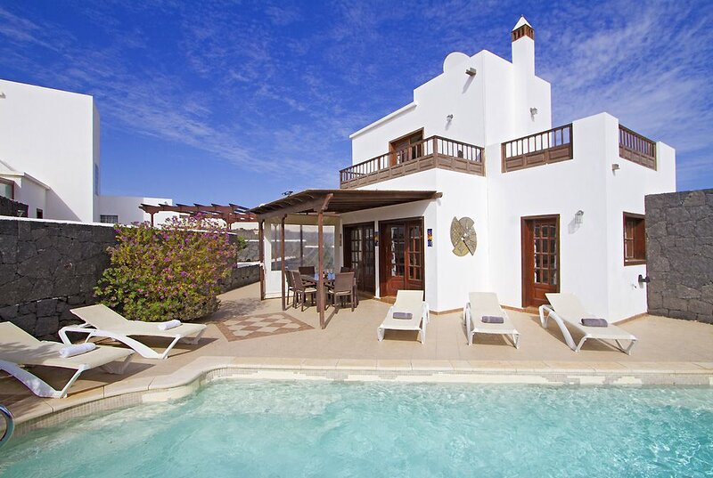 Serendipity - Alegranza 36, holiday rental in Playa Blanca
