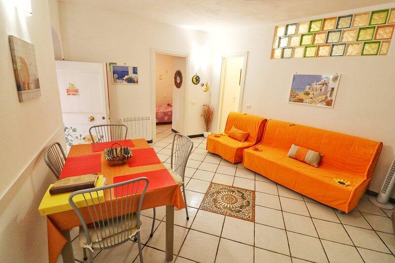 Casa Sandrina Appartamento Ammobiliato  Uso Turistico, holiday rental in Framura