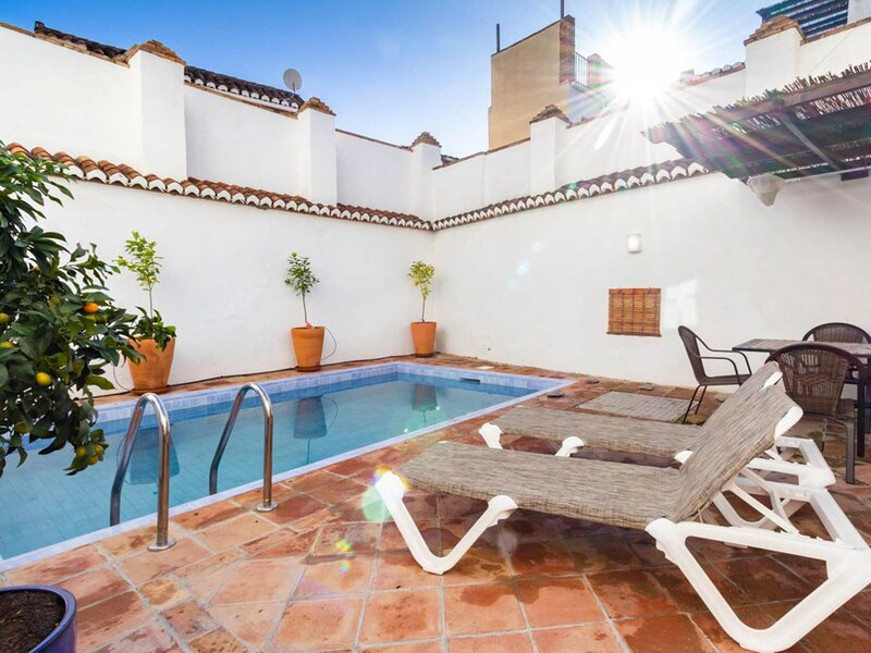 House with private pool and Andalusian style, holiday rental in Pinos del Valle