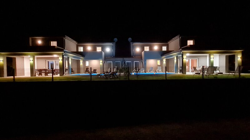 villa with private pool for 16, holiday rental in Kastelir