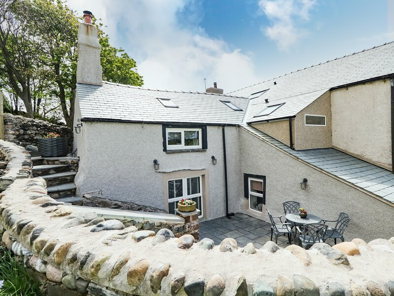 Cottage in the Hill, Silecroft, holiday rental in Kirksanton