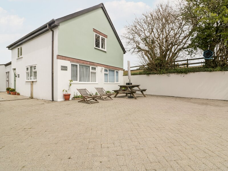 Five Elements Barn, St Agnes, holiday rental in Penhallow