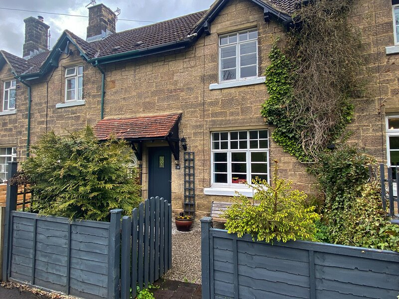 Railwayman's Cottage, Rowsley, holiday rental in Rowsley