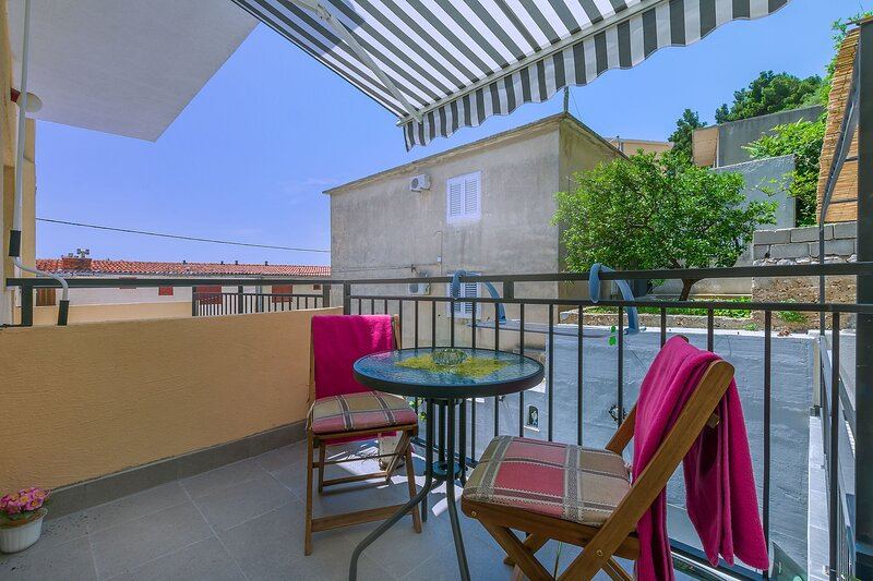 Apartment Ivanka, holiday rental in Naklice