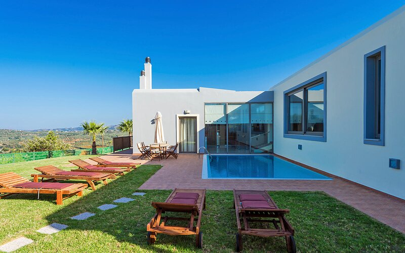 Modern Interior Villa, location de vacances à Nteres