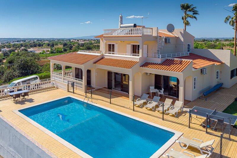 Villa Mirante, location de vacances à Patroves