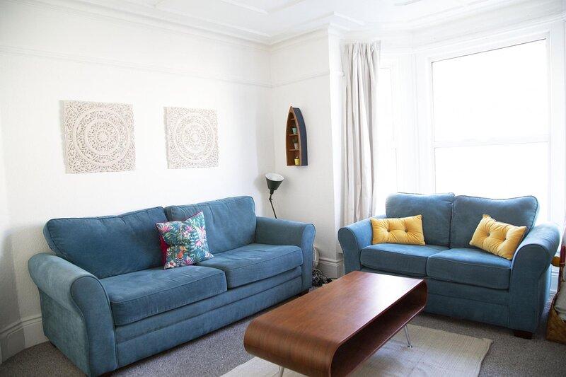 NEW 3BD Terrace House & Garden Heart of Hastings, holiday rental in Westfield