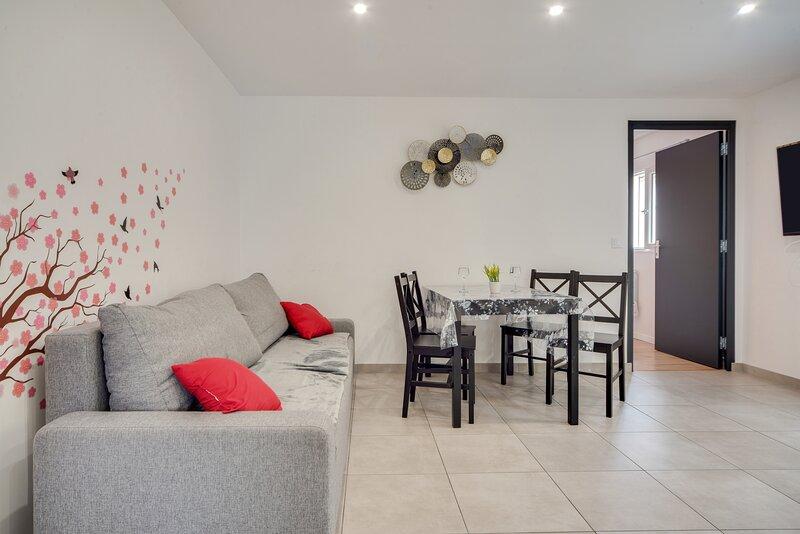 La Sérénade 40 - Maison de ville 1 chambre avec jardin, holiday rental in Seine-Saint-Denis