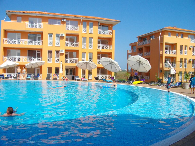 Beautiful studio with shared pool, holiday rental in Medovo