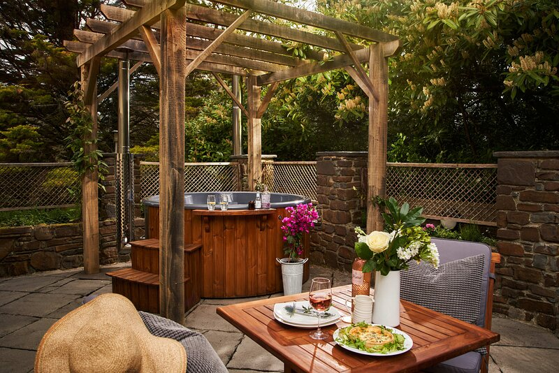 Swifts Return – Teign Valley hideaway with hot tub and pool, casa vacanza a Chudleigh