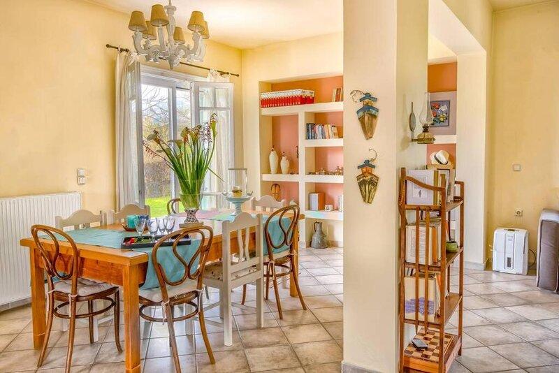 The Cottage House in Zakynthos Island, holiday rental in Mouzaki