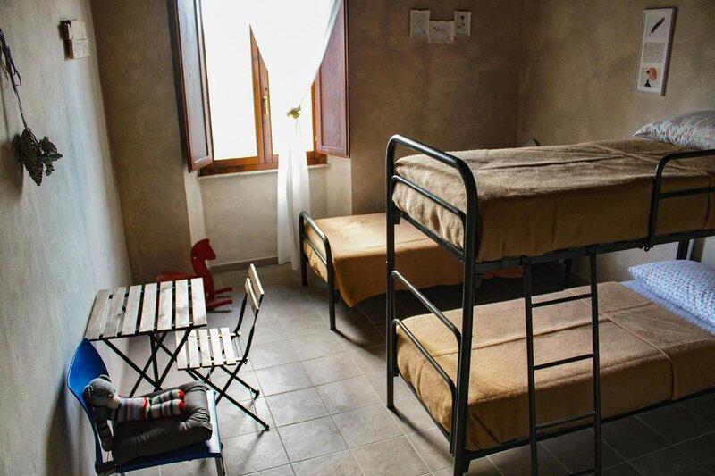 Il Casale Toscano Family room con bagno privato, vacation rental in Vecchiano