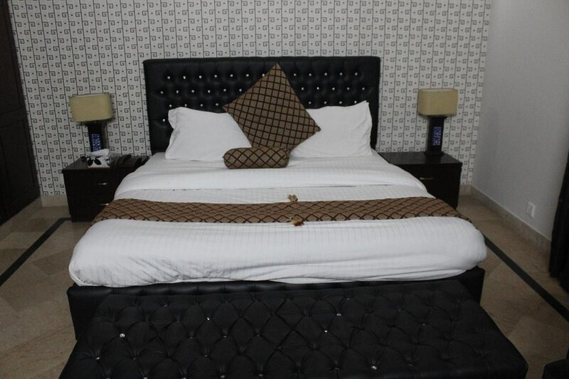 Deluxe Double Room in Center Islamabad, vakantiewoning in Islamabad Capital Territory