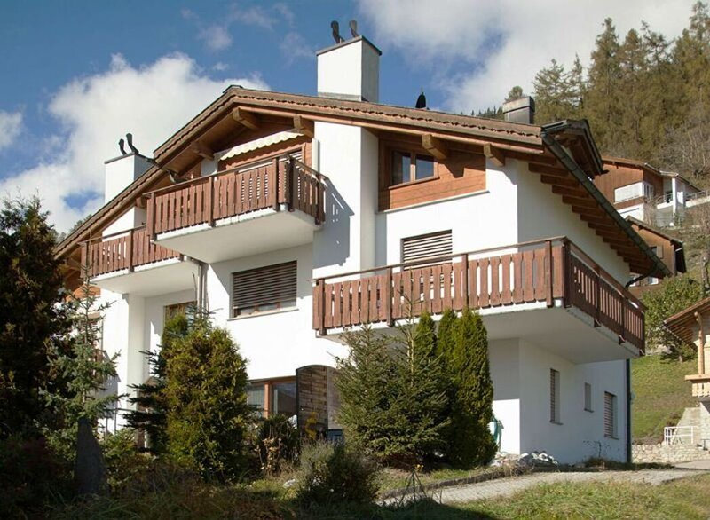 Renovated 3.5 R Apart. in Ruschein near Laax Flims, holiday rental in Surcuolm
