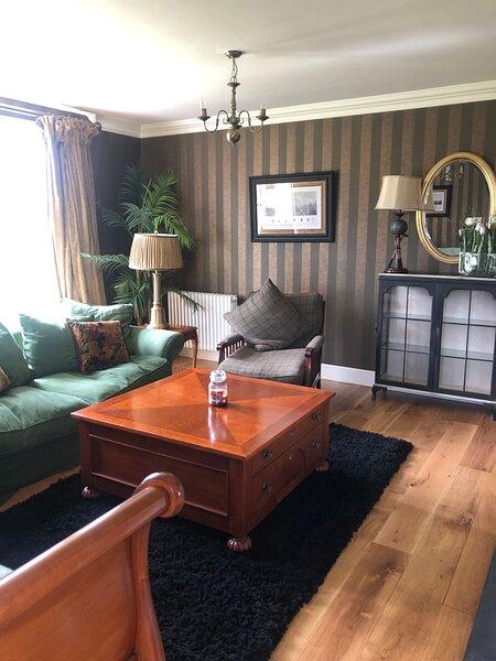 The Gate Lodge, Lough Erne Resort, Enniskillen, casa vacanza a Belcoo