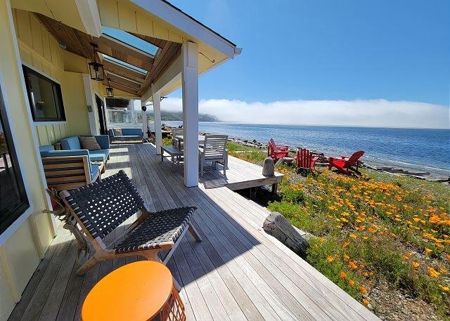3 bed 2 bath Vintage beach house on Admiralty Bay (288), alquiler vacacional en Camano Island