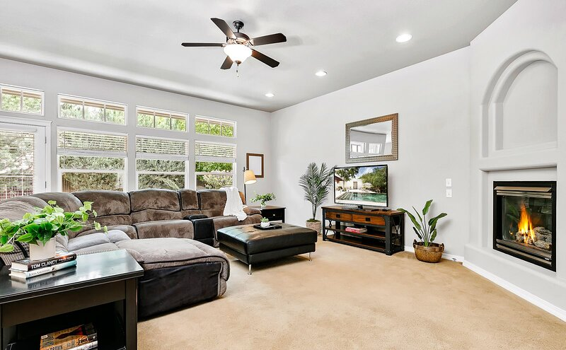 Stylish Family Home in North Meridian Near Everything, vacation rental in Star