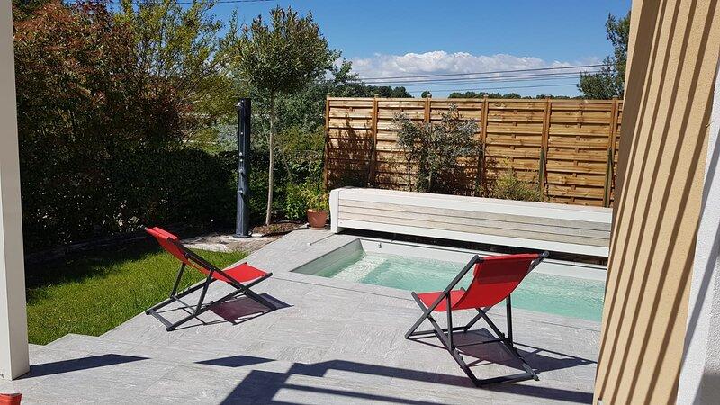 CLOS REDON - VILLA 143 M2 POUR 10 PERSONNES AVEC PISCINE PRIVEE, holiday rental in Les-Pennes-Mirabeau