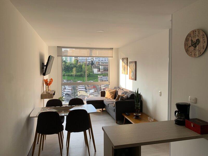 Apartamento acogedor estrategicamente ubicado NEW, holiday rental in Manizales