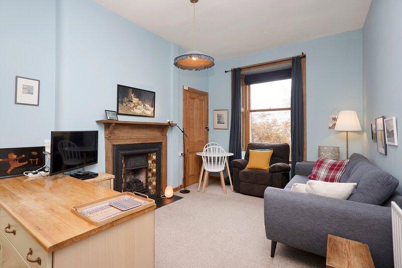 ALTIDO Elegant Flat w/Garden near Holyrood Park, casa vacanza a Musselburgh