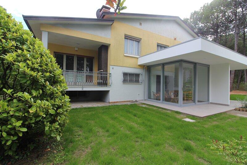 Villa Patrizia Type D, holiday rental in Lignano Riviera
