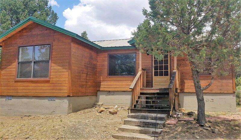 Honey Bear Cabin  Honey Bear Cabin - Cozy Cabins Real Estate, LLC., location de vacances à Ruidoso