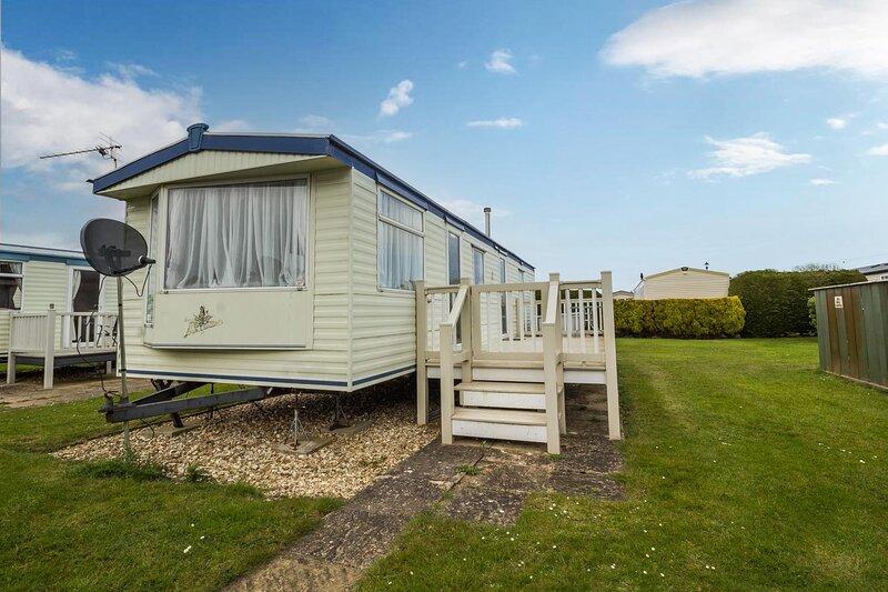 Fantastic caravan for hire at Butlins Caravan Village in Skegness ref 66243S, vacation rental in Ingoldmells