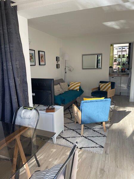 Am Meer Wohnung 54 m2 2 zimmer safe res. Garten 100 m2 Clim Park, location de vacances à La Ciotat