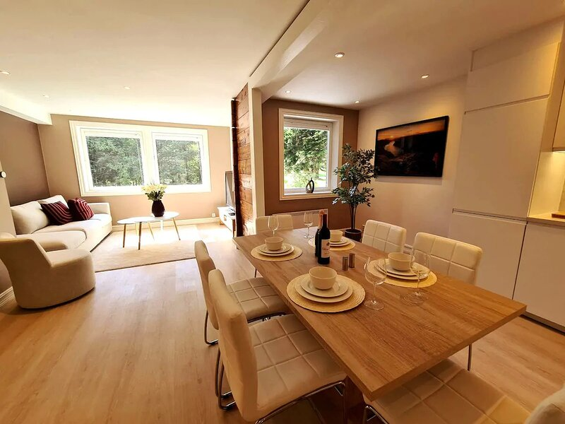 Bright And Modern Apartment Near Center, 85 M2, Fully Equipped, Free Parking, location de vacances à Jorpeland