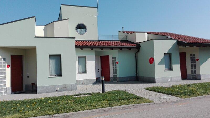 Albavillage residence Appartamento per 4 persone, holiday rental in Diano d'Alba