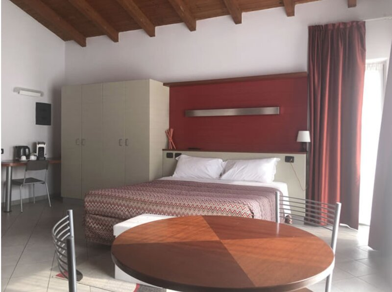 Albavillage residence Appartamento per 2 persone, holiday rental in Diano d'Alba