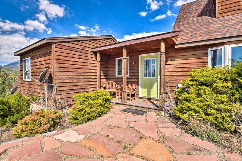 Mountainside Home Central to Salida & Buena Vista!, alquiler vacacional en Nathrop