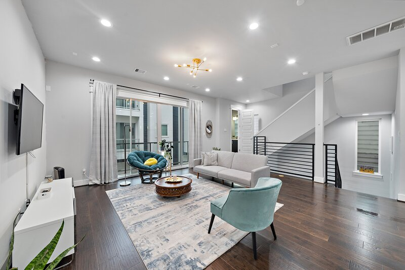 Downtown Houston Townhouse, holiday rental in Cloverleaf