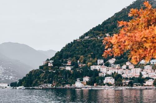 Outstanding Villa on the shore of Lake Como, holiday rental in San Fermo della Battaglia