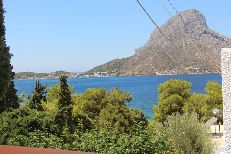 side sea view apartment 2-3 persons, vacation rental in Vathis