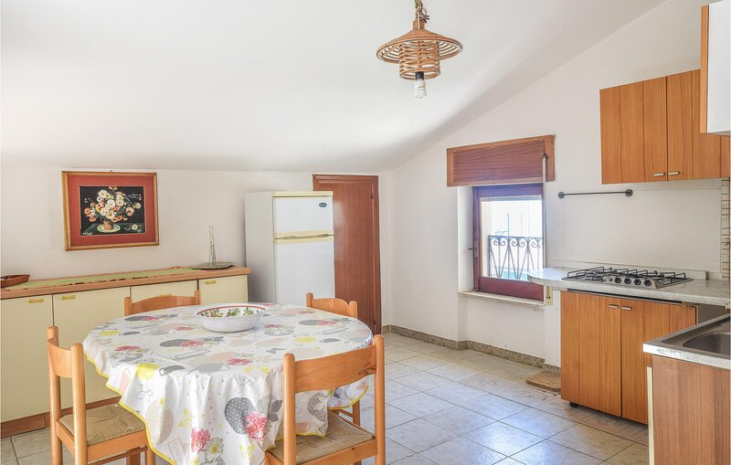 Awesome apartment in Tortora Marina with WiFi and 2 Bedrooms (IKK589), vacation rental in Tortora