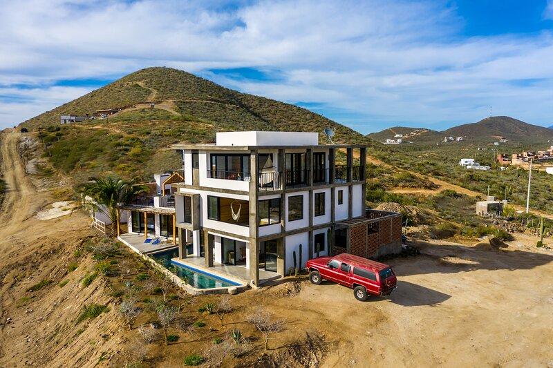 Bluff Apartment at Cerritos Suites in Pescadero, holiday rental in Playa Cerritos