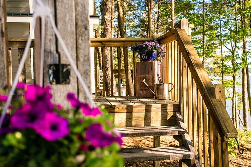 Waterview Studio Cabin with Private Porch #27 at Long Cove Resort - Flexible, vacation rental in Belmont