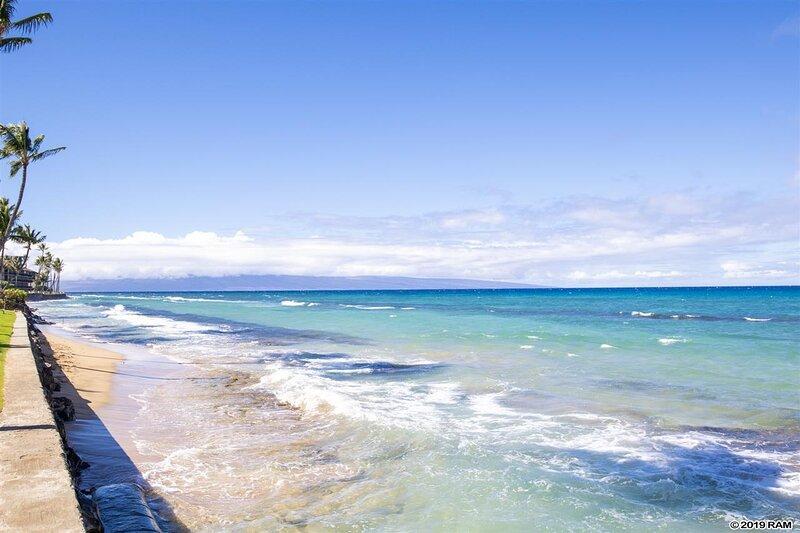 'Water','Outdoors','Ocean','Nature','Sea'