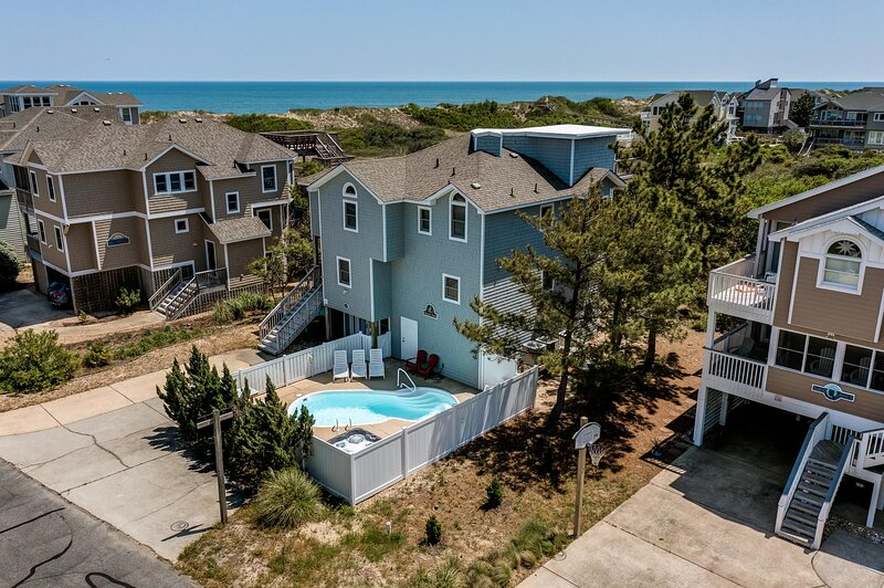 Pelican's Perch | 320 ft from the beach | Private Pool, Hot Tub | Corolla, vakantiewoning in Corolla