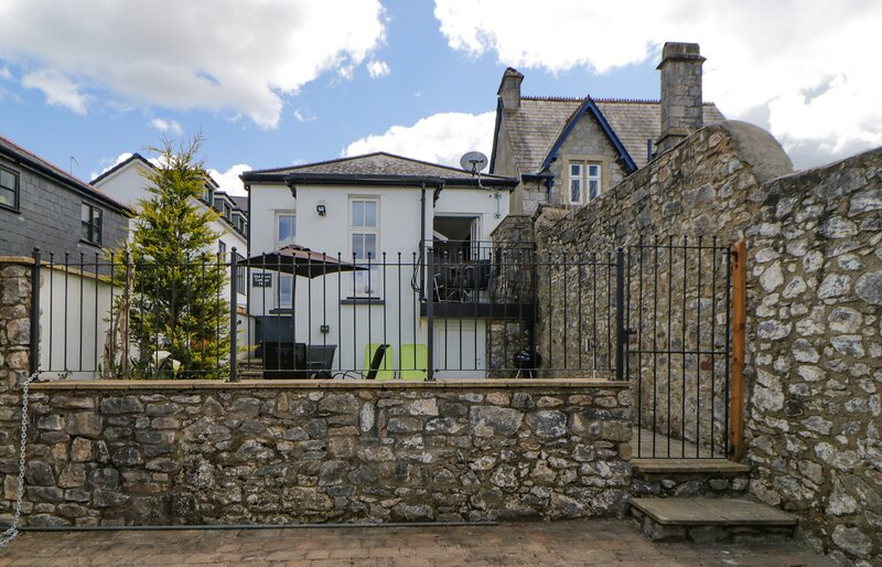 Old Anvil Cottage, Chudleigh, casa vacanza a Chudleigh