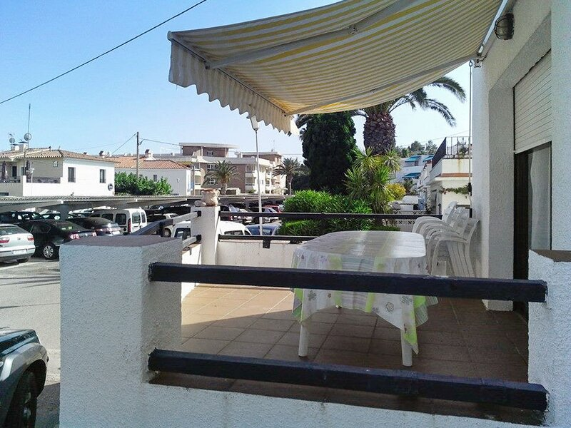 Big apartment with sea view, holiday rental in Montroig