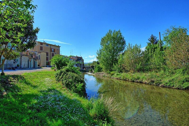 Giovi-Ponte alla Chiassa Villa Sleeps 8 with Pool and WiFi - 5890996, holiday rental in Tregozzano