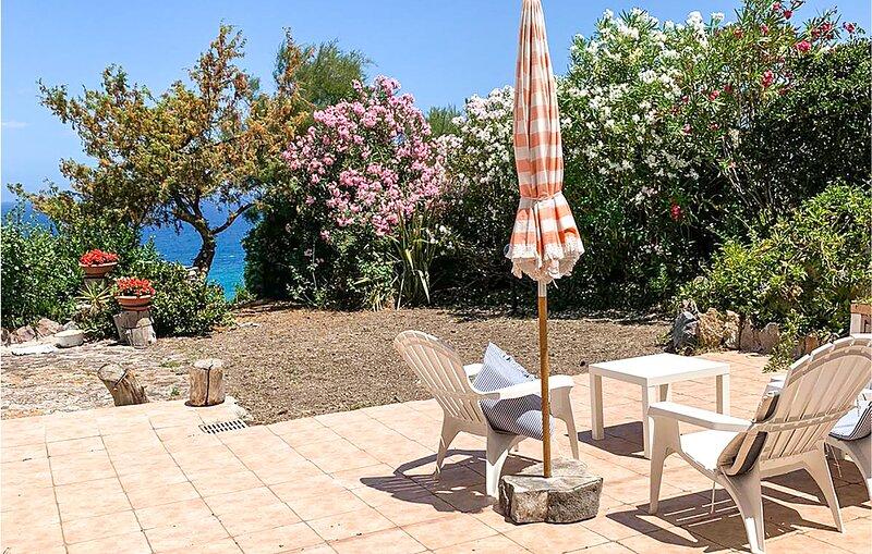 Stunning home in Castelsardo with 1 Bedrooms (IGG221), vacation rental in Punta de su Torrione